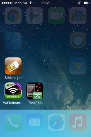Hide icons on iphone
