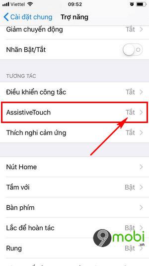 bat AssistiveTouch tren iPhone
